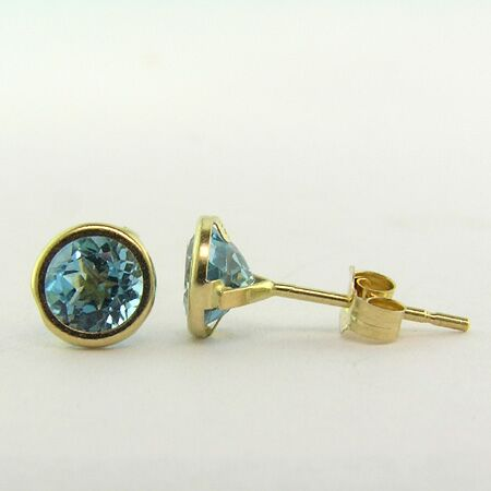 1.12cts Round Blue Topaz, 14K Yellow Gold Earring